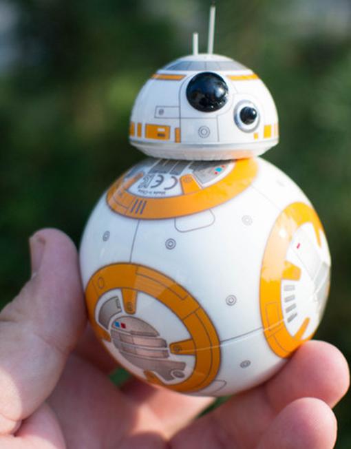 Droide-BB-8-de-Sphero-con-Force-Band-hands