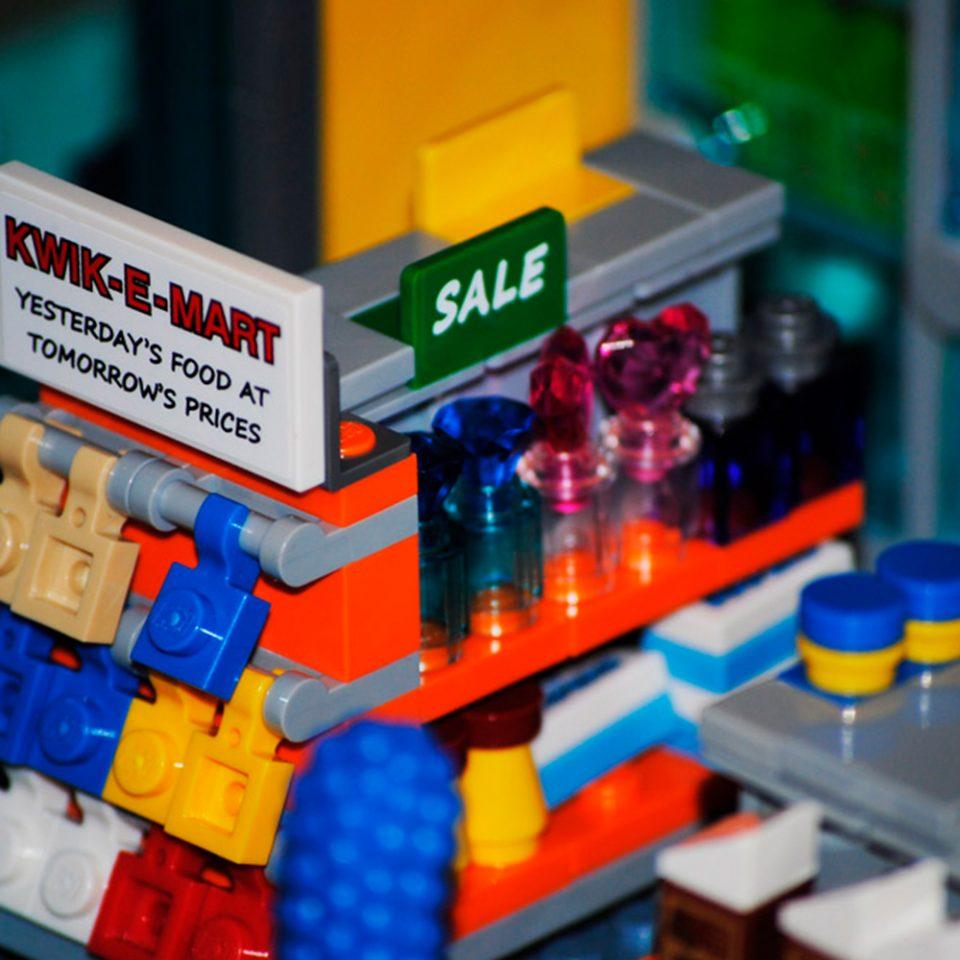 LEGO-Los-Simpson-El-Badulaque-estanteria