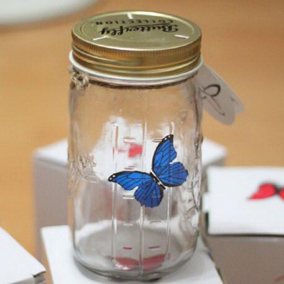 Mariposa en un tarro