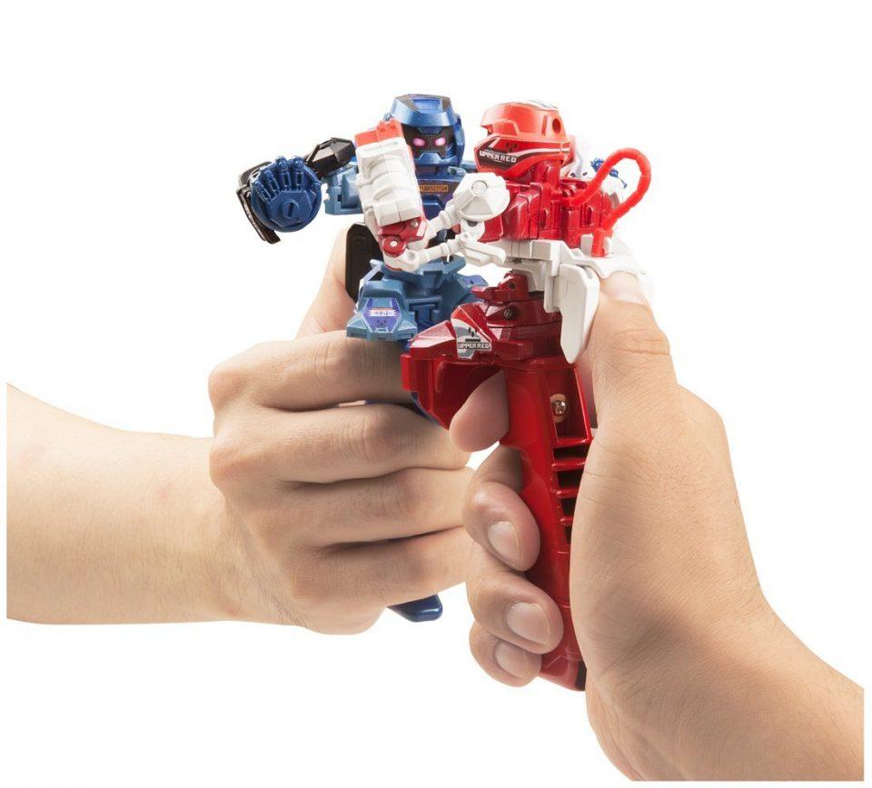 robot lucha de pulgares boombastic