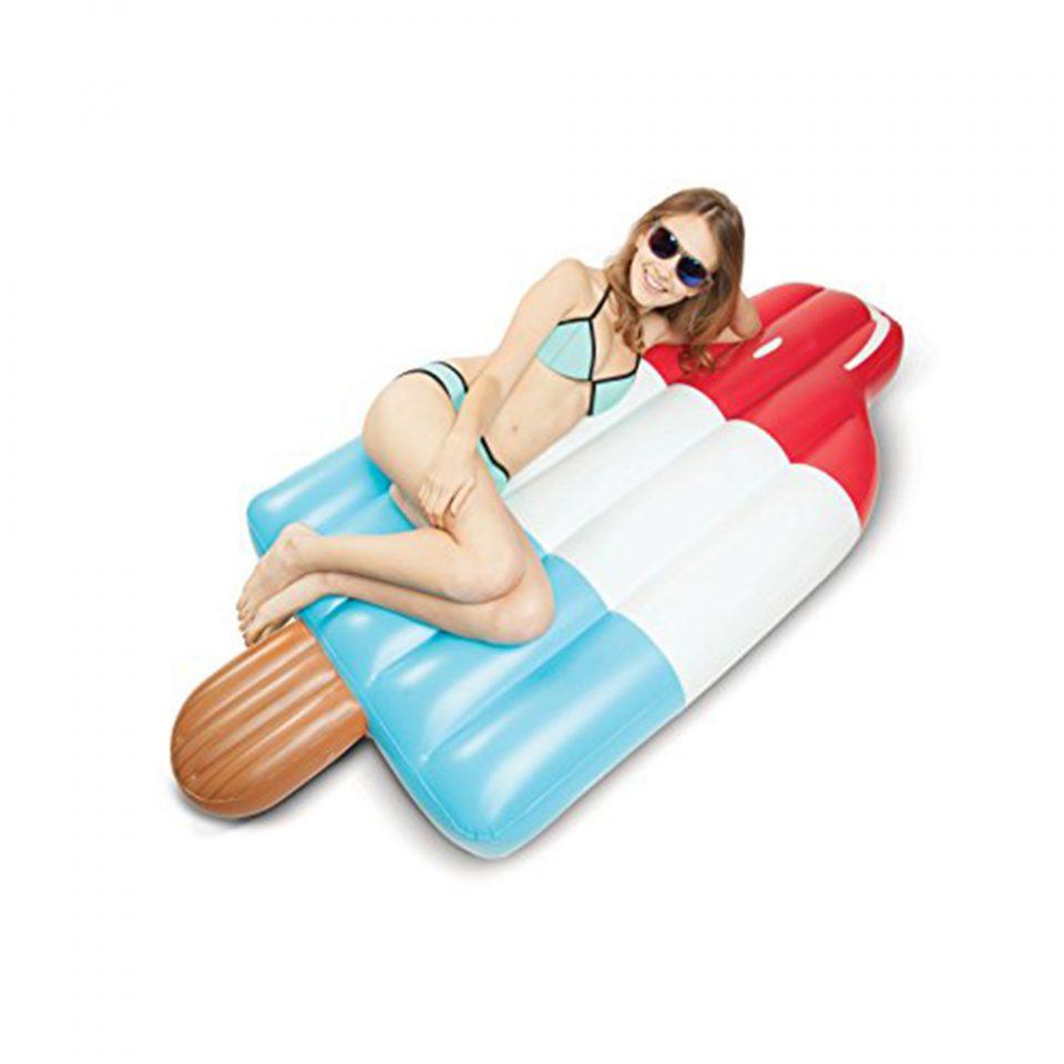 Colchoneta-gigante-para-piscina-de-polo-BigMouth-3