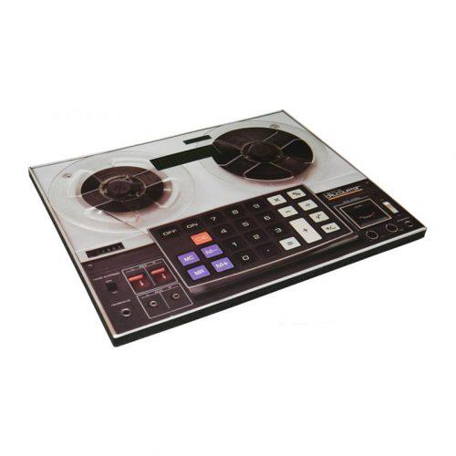 Calculadora-y-alfombrilla-estilo-retro-3