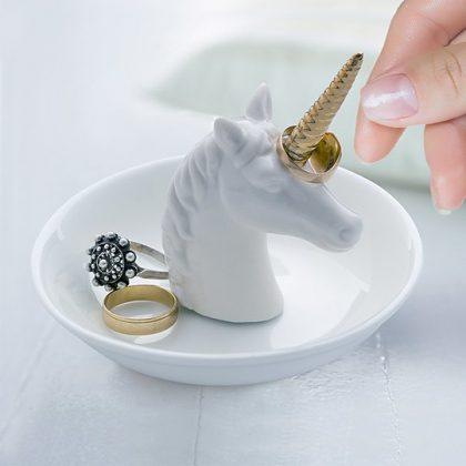Porta anillos de unicornio
