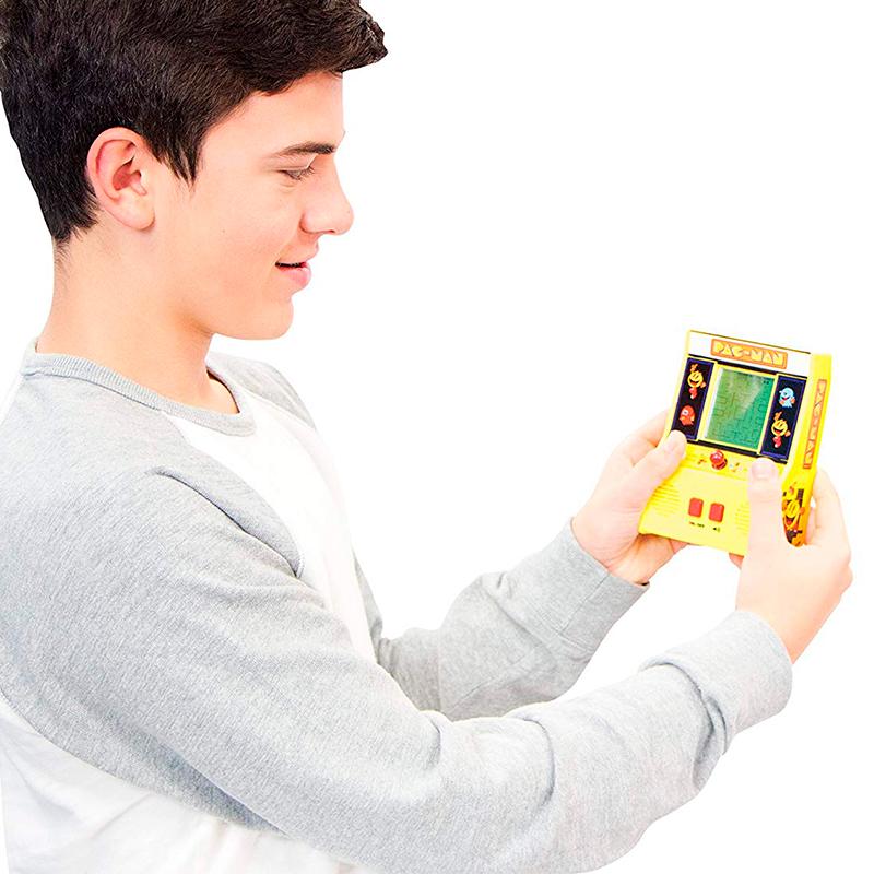 Pac-Man-Mini-Arcade-Game-5