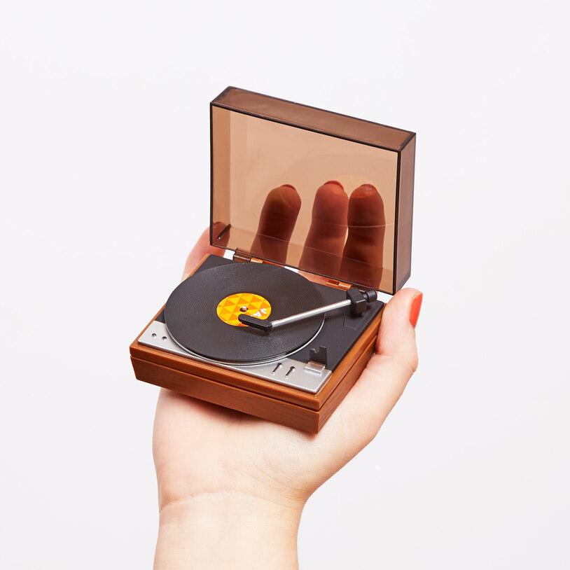 El tocadiscos más pequeño del mundo