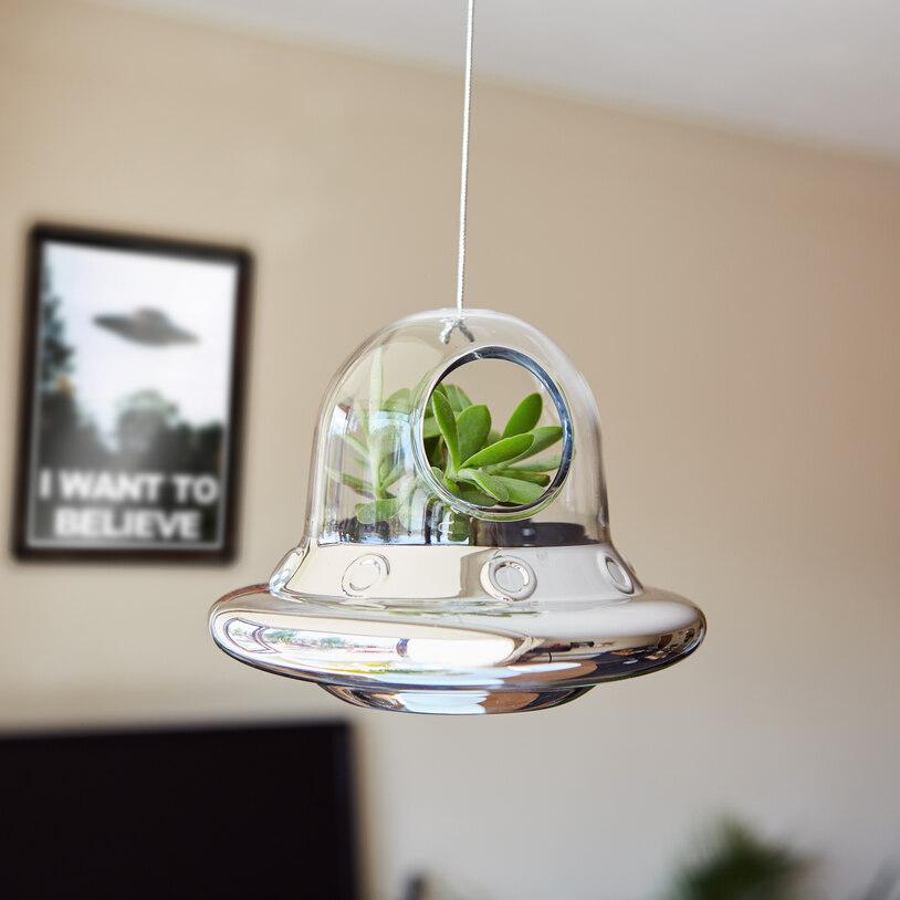 space-invader-hanging-planter_36619