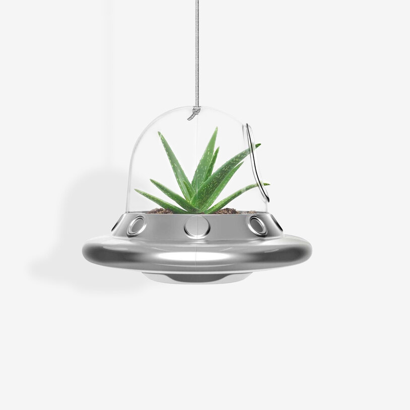 space-invader-hanging-planter_36625