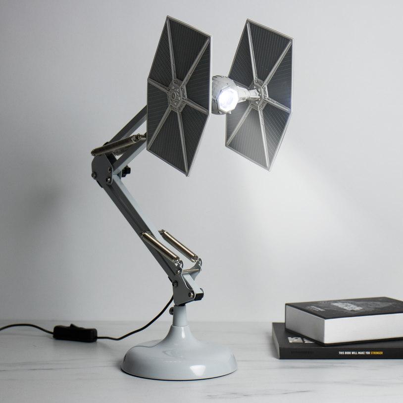 tie-fighter-desk-lamp_32468